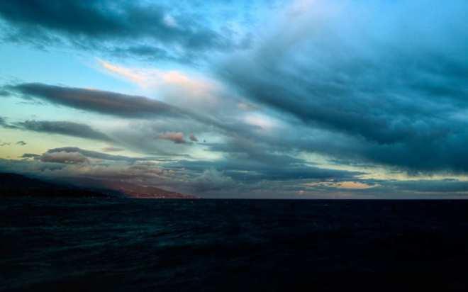 dark-sea-and-clouds
